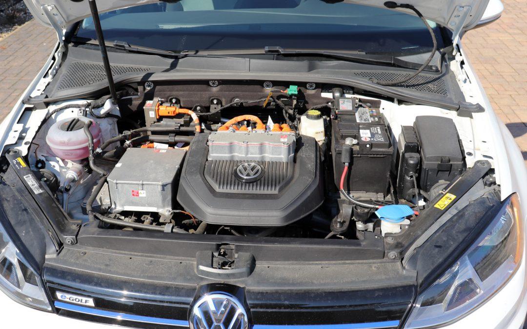 Jak se elektromobil technicky odlišuje?
